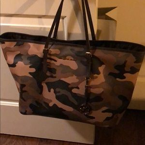 Michael Kors Limited Addition Tote in Camo
